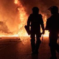 Catalogna, non si placa la protesta degli indipendentisti: oltre 80 feriti, 33 arresti....