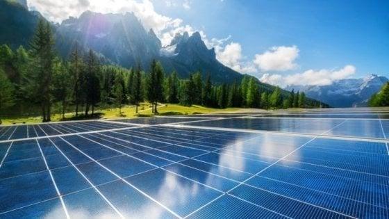 Uk, per la prima volta le fonti rinnovabili generano più elettricità rispetto ai combustibili fossili