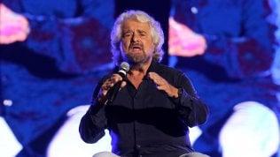 """M5s, l'ultima provocazione di Beppe Grillo: """"E se togliessimo il voto agli anziani?"""""""