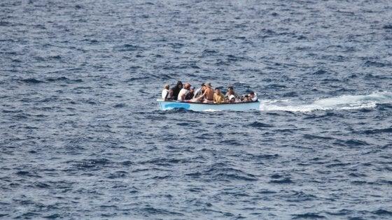 Traffico di migranti, il giornalista Nello Scavo sotto tutel