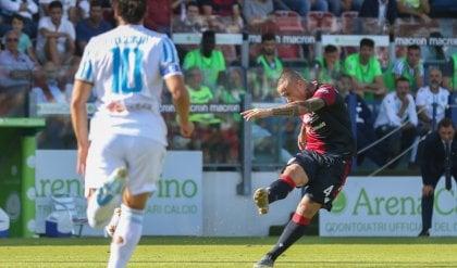 Nainggolan, un gol capolavoro   Cagliari senza problemi, 2-0 alla Spal
