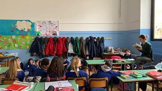 Bambini senza libri, poco sport e scuole pericolanti: quando la povertà comincia dall'educazione