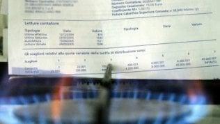 Bollette elettriche, il conto per le famiglie è salito del 23% in un decennio