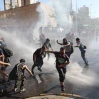 Cile, 15 i morti dall'inizio delle proteste contro il carovita