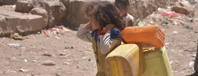 Yemen, oltre 15 milioni di persone senz'acqua, a Sana'a aumentato del 300% il prezzo della benzina