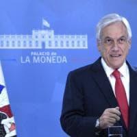 """Proteste in Cile, il presidente Piñera chiede """"perdono"""" e promette riforme"""