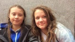 """Bea Thunberg bullizzata dai compagni. Greta la difende: """"Ha 13 anni, lasciatela stare"""""""