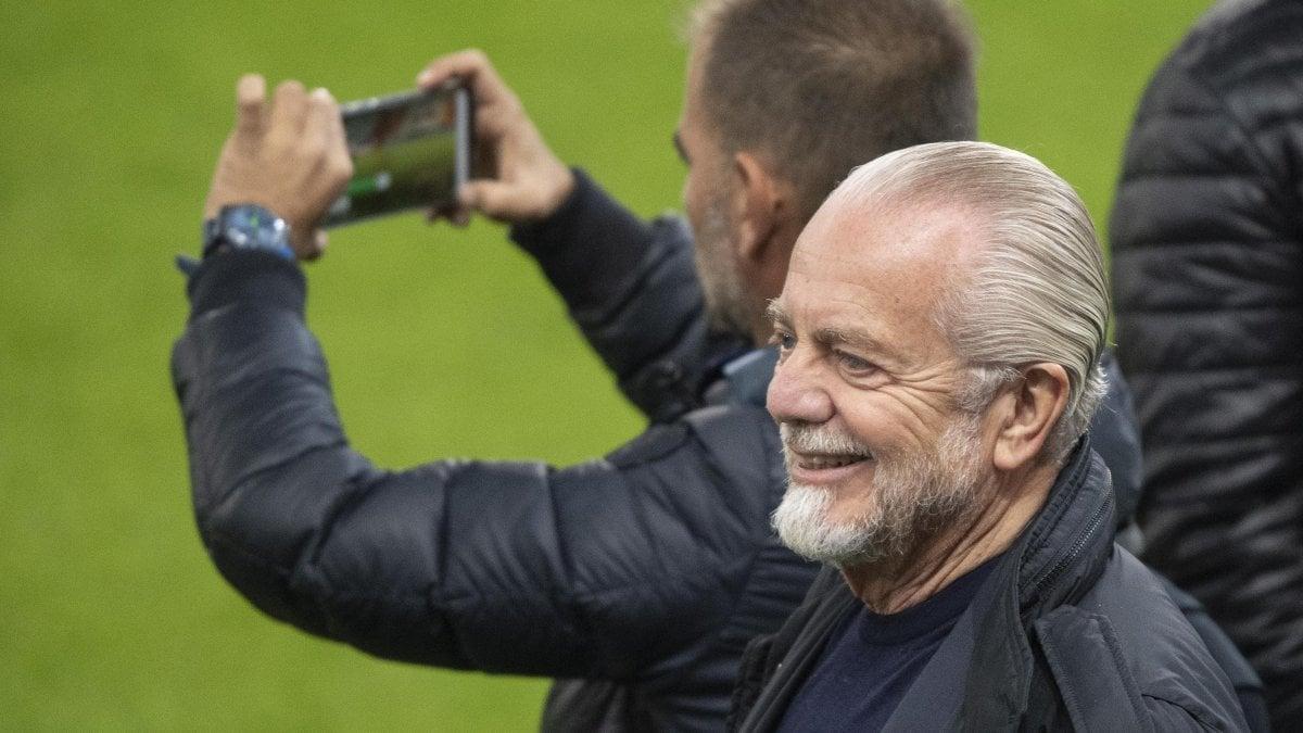 "Champions League, Napoli; De Laurentiis: ""Col Salisburgo gioca Milik. Ibra un desiderio, dipende da lui"""