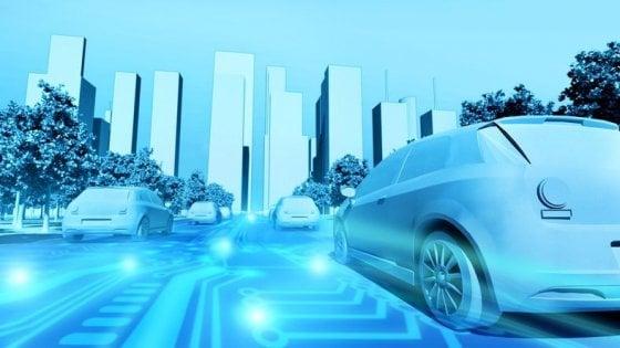 Dopo tre anni in strada l'auto elettrica sorpassa la vettura termica