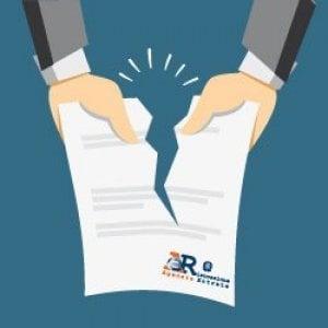 Mail truffa per rubare i dati bancari: attenzione alle false raccomandate dall'Agenzia delle Entrate-Riscossione