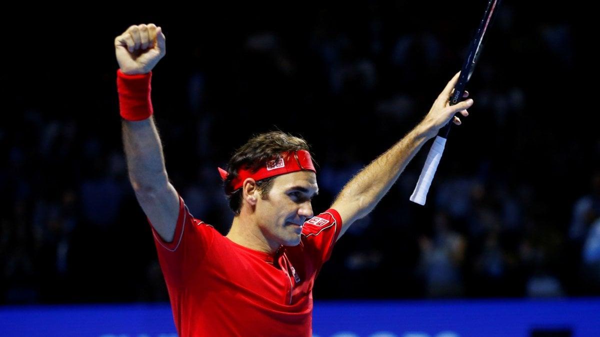 Tennis, Federer centra il decimo successo a Basilea: è il 103° titolo Atp