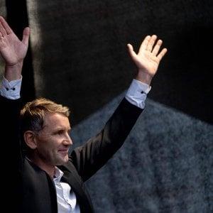 Turingia: vola l'ultradestra di Bjoern Hoecke, il politico che sfila con i neonazisti