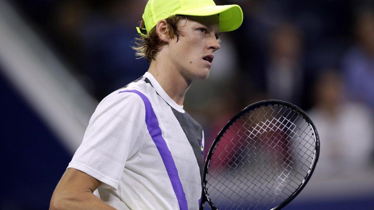 Tennis, Berrettini numero 9 del mondo: ora è caccia alle Finals. Sinner entra nella top 100