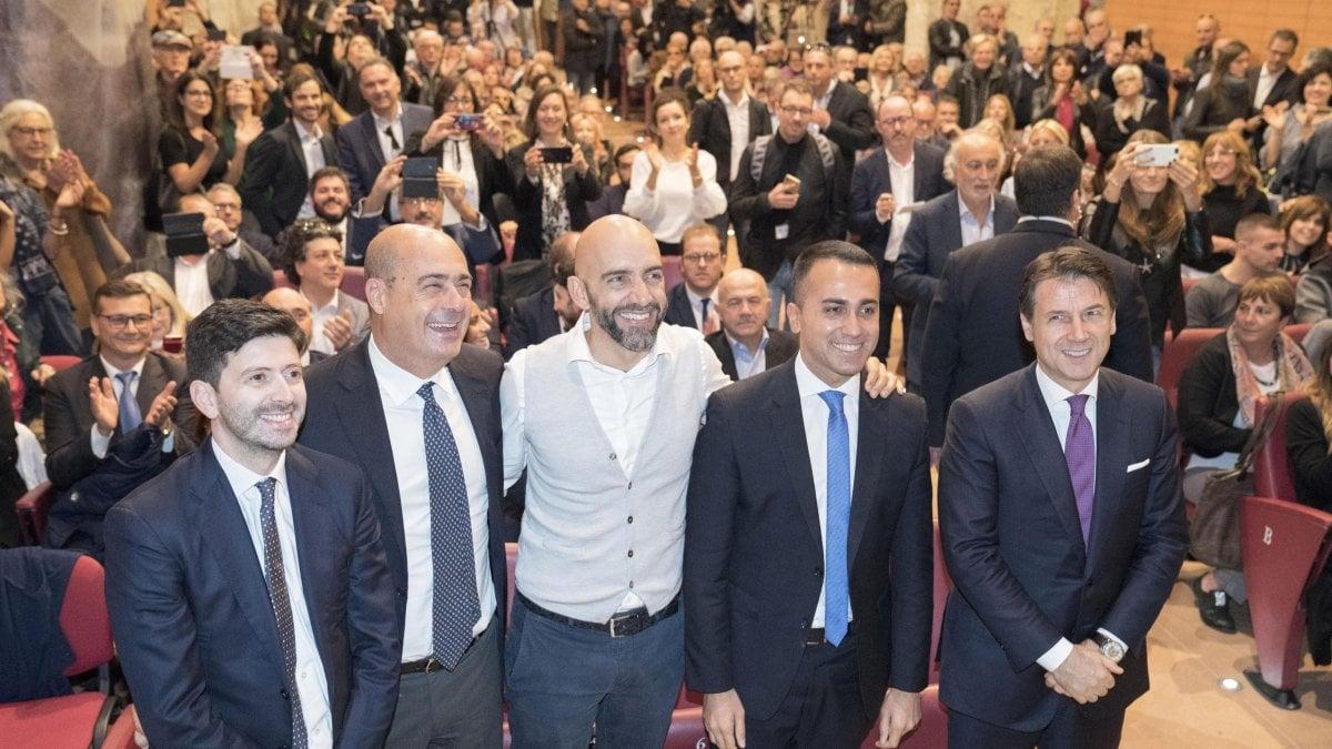 """Umbria, Di Maio: """"Esperimento con Pd non più praticabile"""". Zingaretti: """"Comune sentire o trarne le conseguenze"""""""