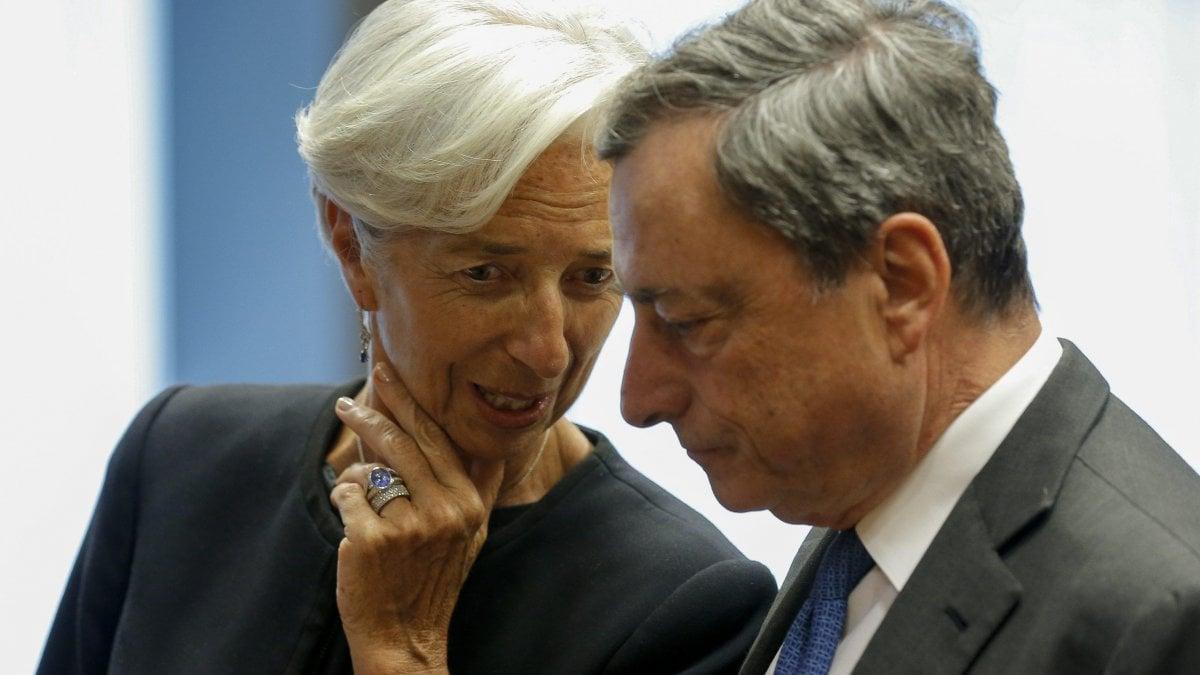 """Bce, Draghi: """"Addio più facile sapendo che è in buone mani"""". Mattarella: """"Con lui Europa più solida e inclusiva"""""""