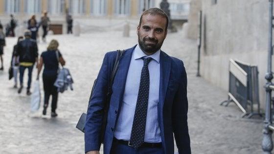 """Odio in rete, Marattin (Iv), chiede la carta social. Ma spuntano suoi insulti a Vendola e alla Lega: """"Con Nichi fu un equivoco"""""""