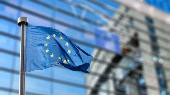 Cybersecurity, l'Unione europea accelera sul tandem pubblico-privato