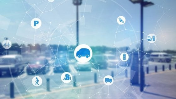 Parcheggi, lampioni e cassonetti: il 5G rilancia le smart city