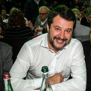 Lo scontro Salvini-Lamorgese, gli sbarchi e i voli charter: i numeri per fare chiarezza