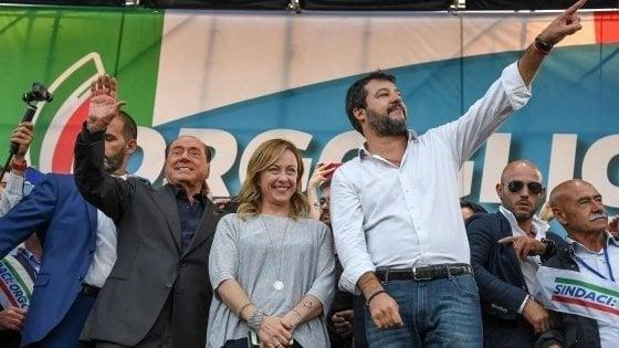 Sondaggi, effetto Umbria: cresce il centrodestra, maggioranza giù