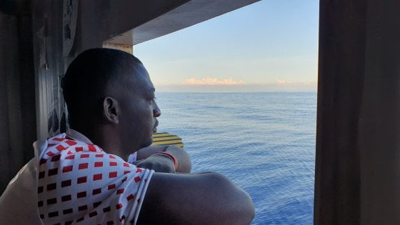 Alarm Phone: tratti in salvo 200 migranti