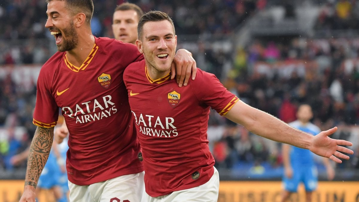 Roma-Napoli 2-1, Zaniolo e Veretout lanciano i giallorossi al terzo posto
