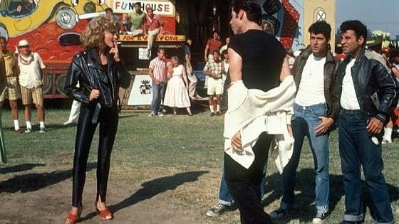 Grease, venduto per 405mila dollari il giubbotto di Olivia Newton-John
