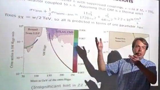 La rivista ospita le tesi del fisico sessista. Rivolta degli scienziati