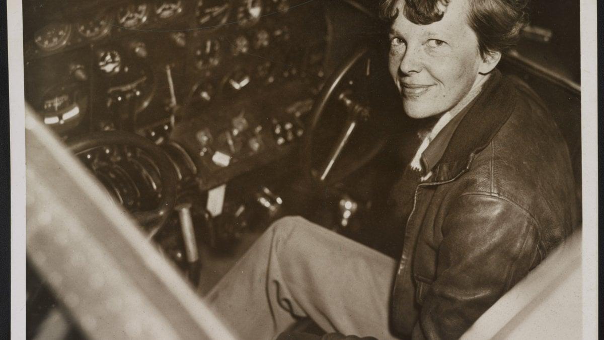 Il mistero di Amelia Earhart, sulle tracce dell'aviatrice scomparsa tra cinema e tv - la Repubblica