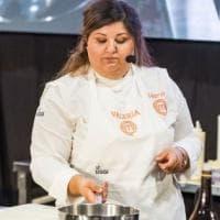 Sarde di lago gratinate alle mandorle, la ricetta di Valeria Raciti