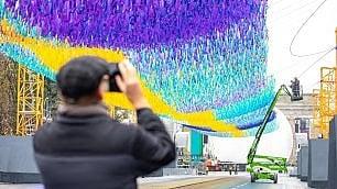 Berlino: onda ricorda il muro