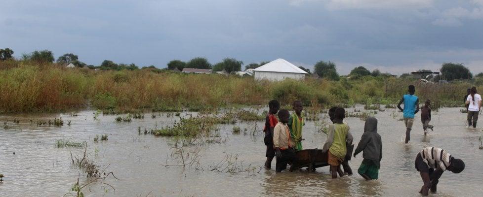 """Unicef: """"Dopo inondazioni a rischio 490 mila bambini nel Sud Sudan e 200 mila in Somalia"""