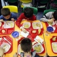 Scuola, quanto costa la mensa? In media 80 euro a famiglia