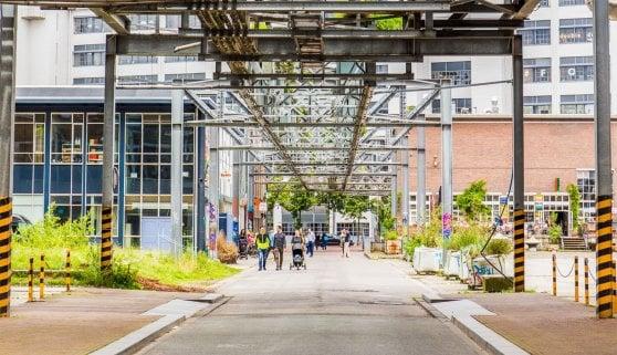 Social housing, cultura, solidarietà: benvenuti a Eindhoven, la città che non lascia indietro nessuno