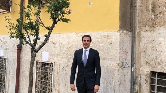 Wopke Hoekstra ritratto presso la sua casa da studente a Roma