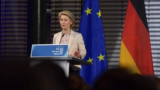 """Berlino, Von der Leyen difende la Nato: """"Uno scudo per la libertà"""""""