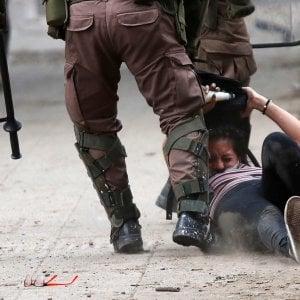 """Cile: proteste sociali, esperti Onu condannano """"uso eccessivo della forza"""""""