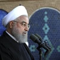 Iran, presidente annuncia scoperta maxi giacimento petrolio