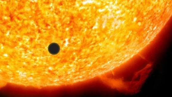 La danza di Mercurio che oscura il Sole
