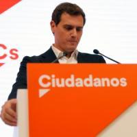 Elezioni in Spagna, il Psoe non vuole allearsi con i popolari. Si dimette Rivera, leader...