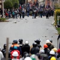 Bolivia, scontri e proteste a La Paz. Morales in esilio in Messico