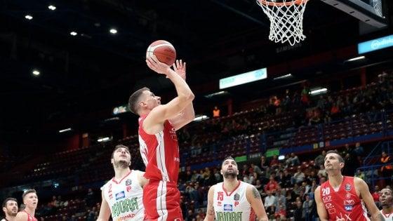 Basket, Serie A: Milano travolge Pistoia 83-63