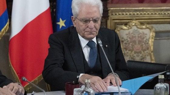 """Nassiriya, Mattarella: """"I morti in missione un vincolo morale per continuare nell'impegno in aree di conflitti"""""""