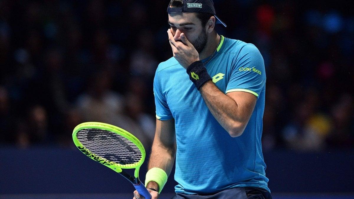 Tennis, Atp Finals: Berrettini cresce, ma Federer è ancora troppo forte