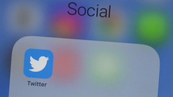 Twitter segnalerà i deepfake, ma senza cancellarli
