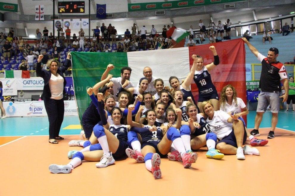 Amicizia, dialogo e inclusione: lavventura della Nazionale Volley Sorde