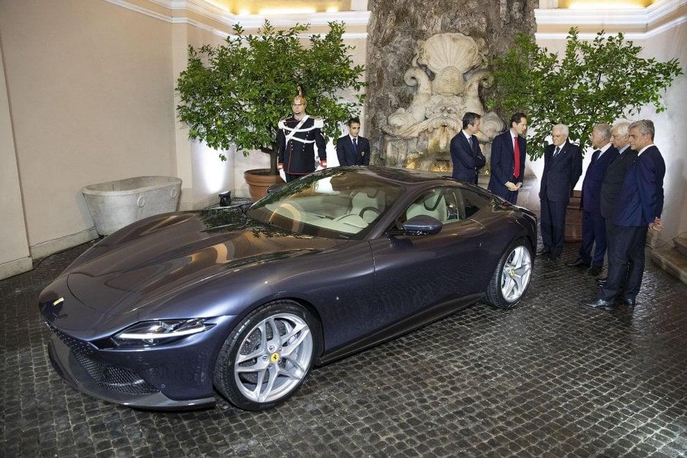 La Ferrari Roma presentata al presidente della Repubblica