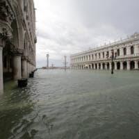 """Il regista Andrea Segre: """"Attenti, l'acqua alta scava un solco anche nelle persone"""""""