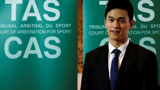 Nuoto, Sun Yang respinge le accuse doping: Ispettori senza documenti necessari