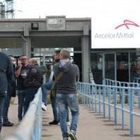 Ex Ilva, le aziende dell'indotto minacciano il ritiro degli operai e il blocco delle portinerie